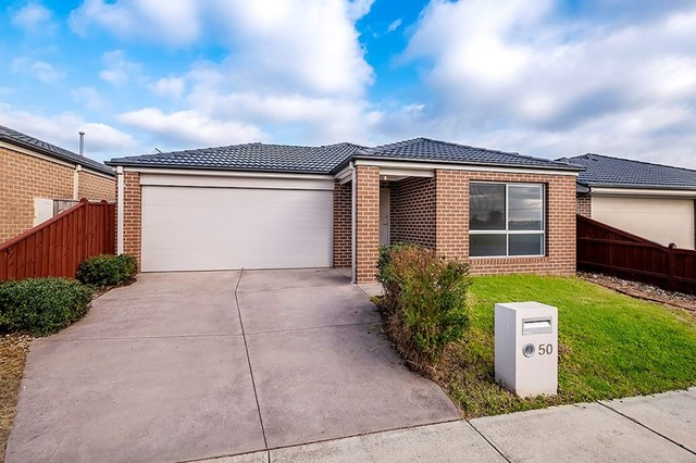 50 Glenelg Street, Clyde North VIC 3978