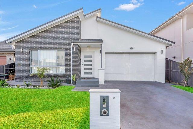 11 Vidal Avenue, Elizabeth Hills NSW 2171
