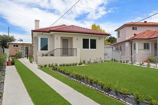 14 Kerr Crescent, NSW 2035