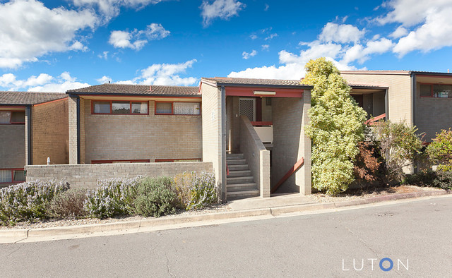 8/7 McGee Place, Pearce ACT 2607