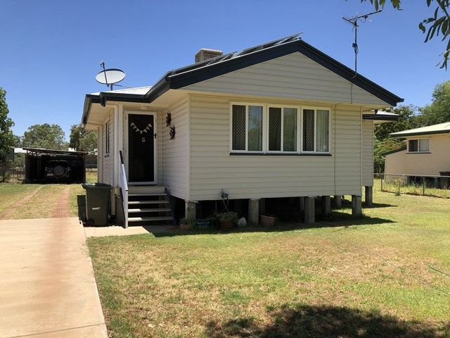 109 Gidyea Street, Barcaldine QLD 4725