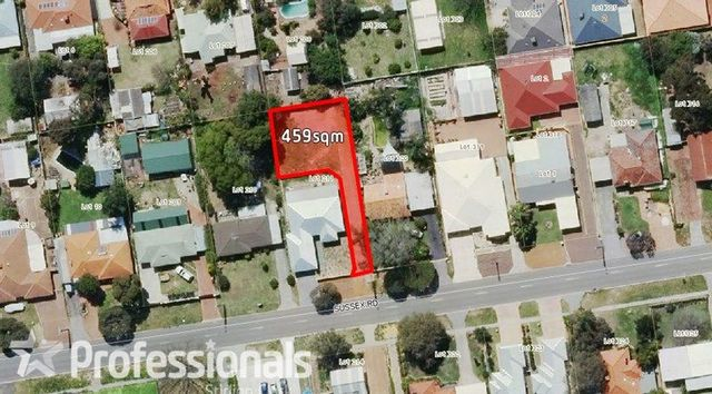 90A Sussex Road, Forrestfield WA 6058