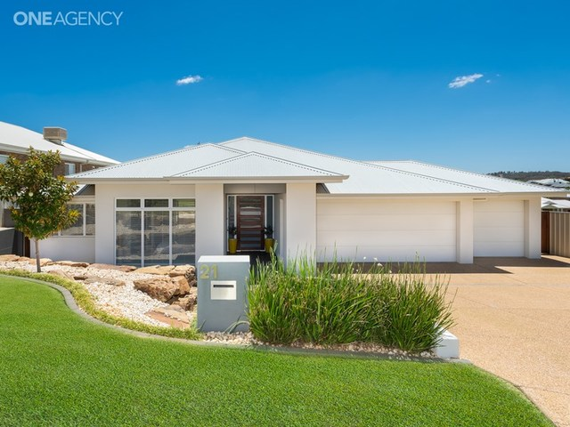 21 Marylands Way, NSW 2650