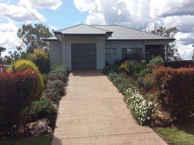 24 Callandoon Street, Inglewood QLD 4387