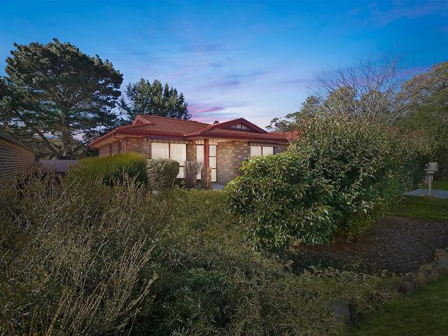 6 Bushby Place, ACT 2615