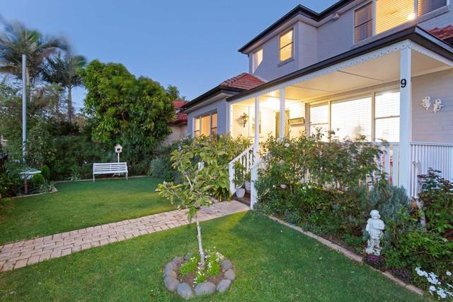 9 Roy Street, Lorn NSW 2320