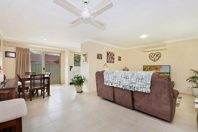 1/4 Toona Place, Yamba NSW 2464
