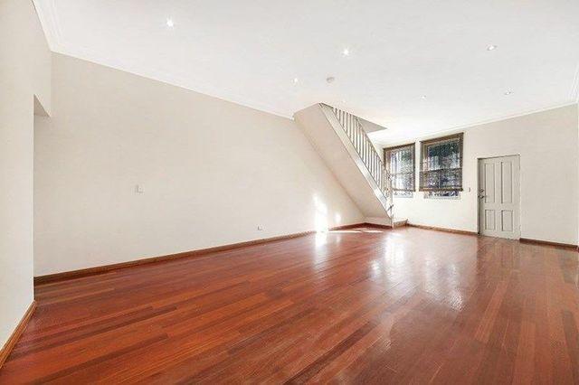 216 Henderson Road, NSW 2043