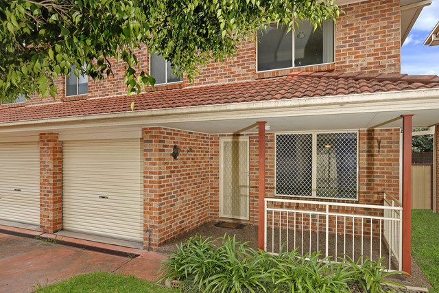6/62 Stanleigh Cres, West Wollongong NSW 2500