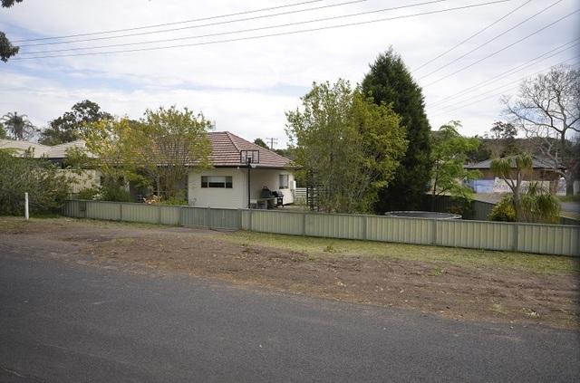 1 Moana Street, Woy Woy NSW 2256