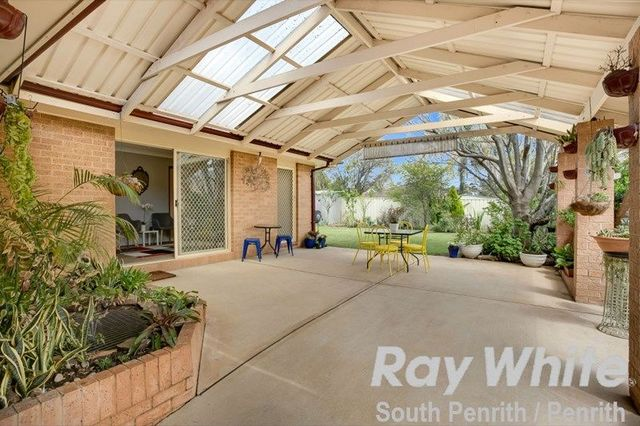 11 Magpie Place, Glenmore Park NSW 2745
