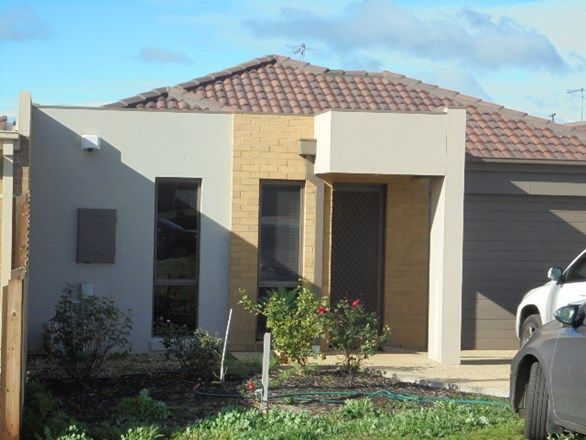 2/164 Exford Road, Melton South VIC 3338