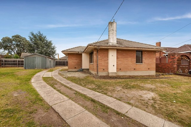 10 Chester Court, VIC 3060