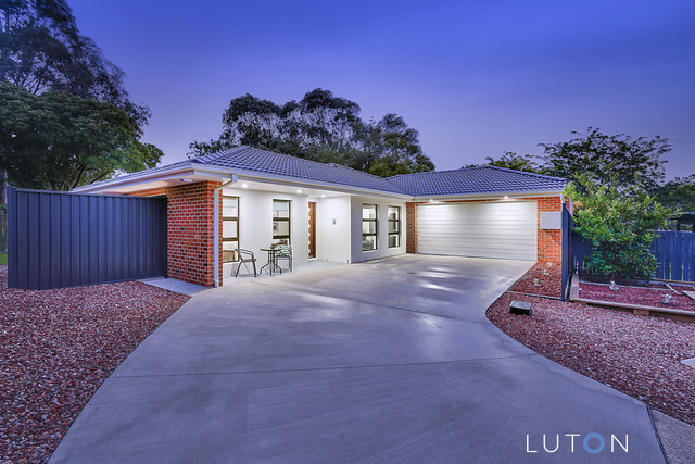 14 Warby Place, ACT 2615