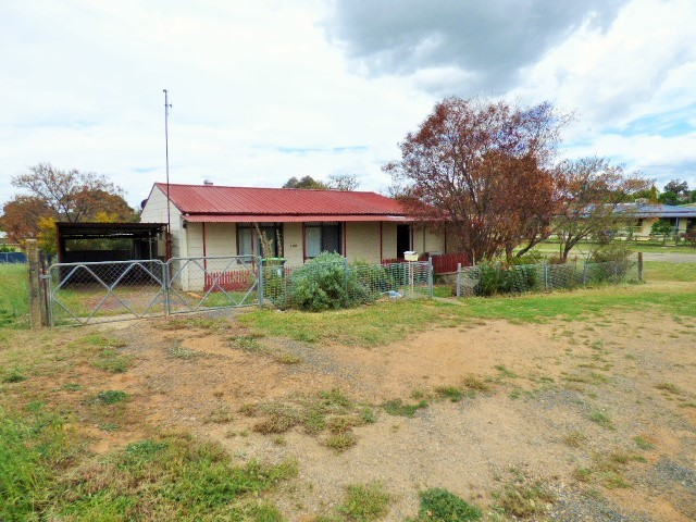 109 Binalong Street, Harden NSW 2587