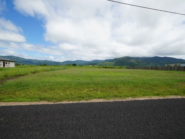 Lot 208 - 209 Crossnan Road, Midgenoo QLD 4854