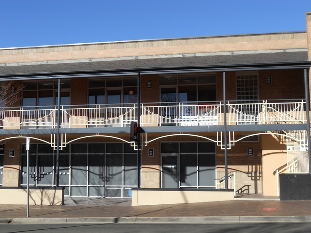 Upstairs /191 Beardy Street, Armidale NSW 2350