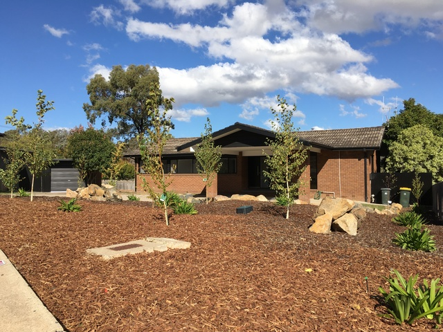 6 Olliff Place, Farrer ACT 2607