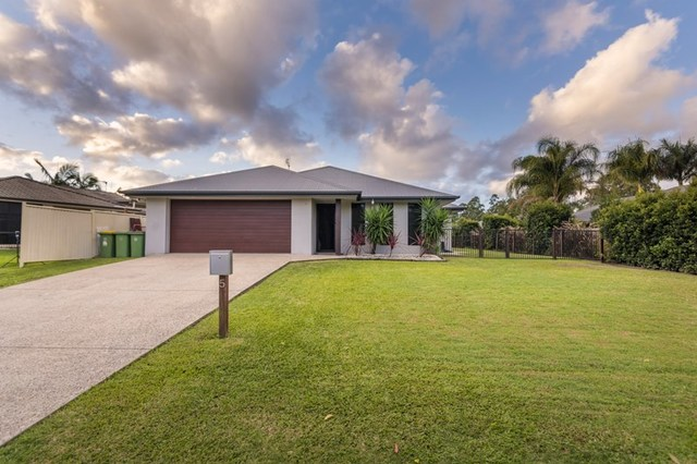 5 Dixon Court, Mooloolah Valley QLD 4553
