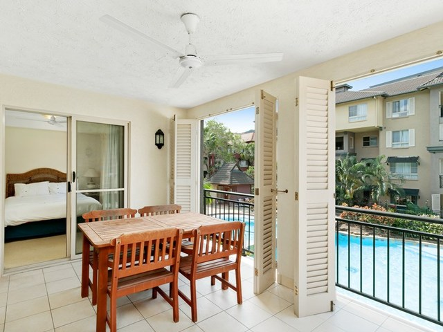 1311 2 Greenslopes StreetCairns North QLD 4870