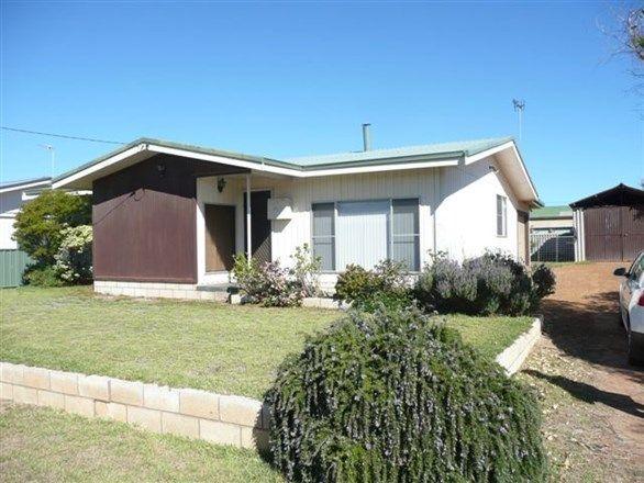 16 Flinders St, Hopetoun WA 6348