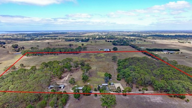 65 McTaggarts Road, Eagle Point VIC 3878