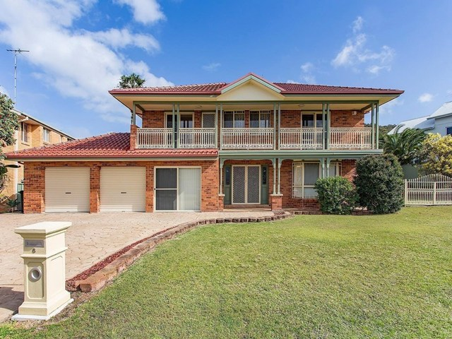 6 Seacliffe Place, Caves Beach NSW 2281