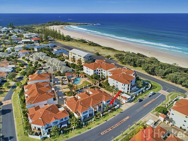 Unit 3-1/18-19 Pacific Parade, Yamba NSW 2464