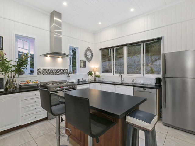 20 Coach View Place, Ninderry QLD 4561