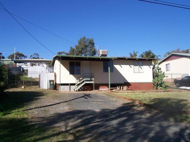 42 Serpentine Road, Kambalda East WA 6442