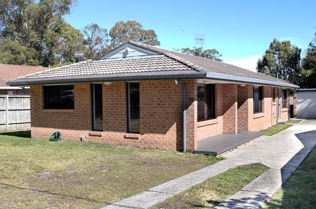 25 Dolphin, Hawks Nest NSW 2324