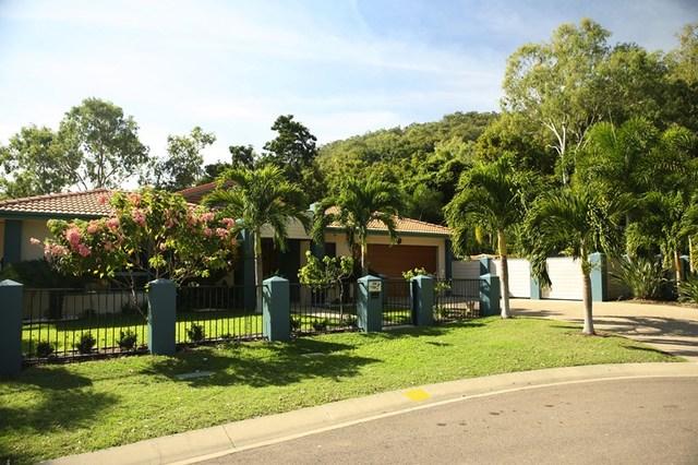 1 Apjohn St, Horseshoe Bay QLD 4819