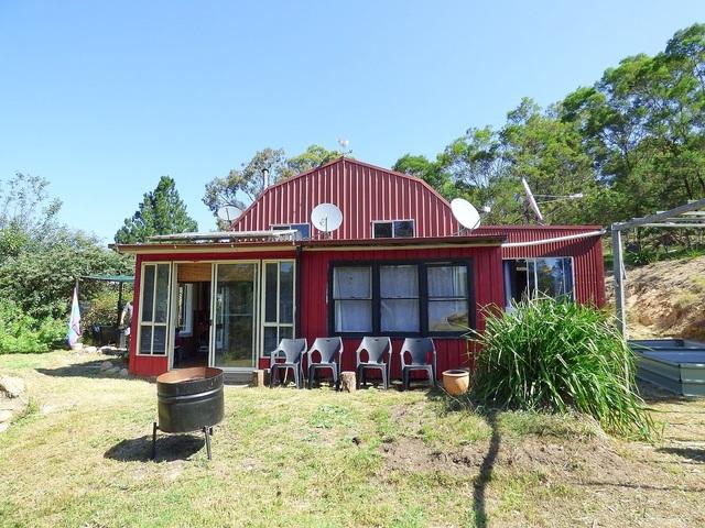 111 Yambulla Rd, NSW 2550
