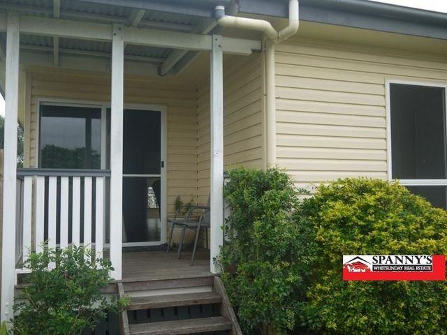 22 Phillip St, QLD 4800