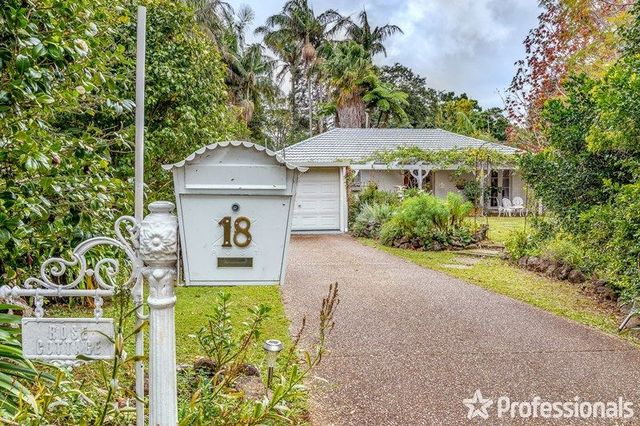 18 Beechmont Avenue, Tamborine Mountain QLD 4272