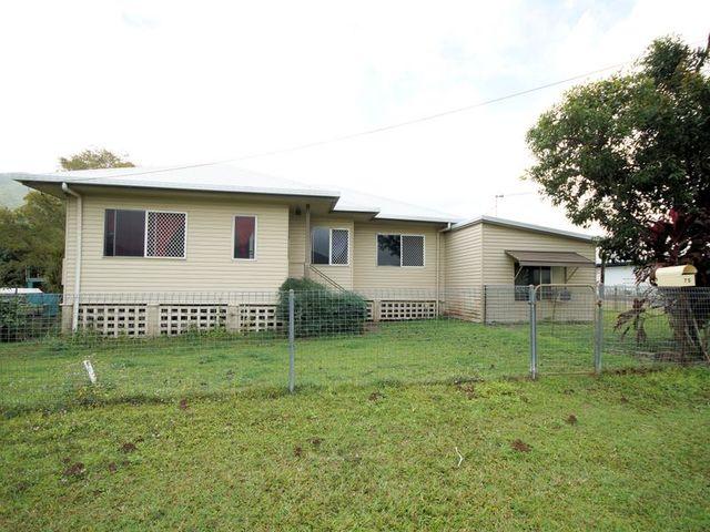 75 Murray Street, Tully QLD 4854