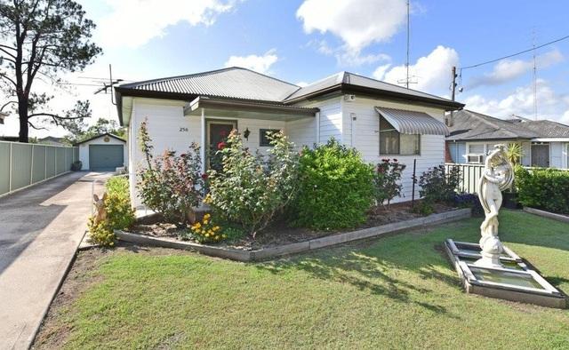 256 Vincent Street, Cessnock NSW 2325