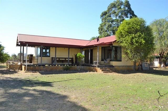 62 Murray Road Muckenburra, Gingin WA 6503