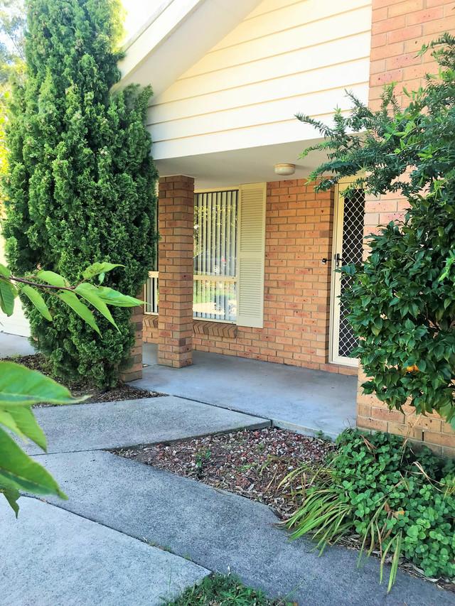 52 Bergalia Street, Moruya NSW 2537