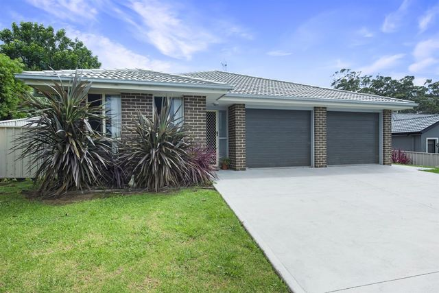 2 & 2a Huntingdale Drive, NSW 2539