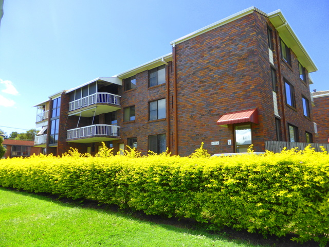 1/2A View Street, Woody Point QLD 4019