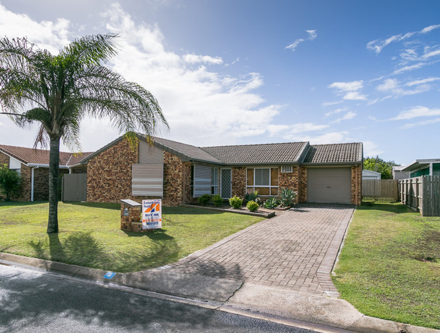 3 Golden Court, Kawungan QLD 4655