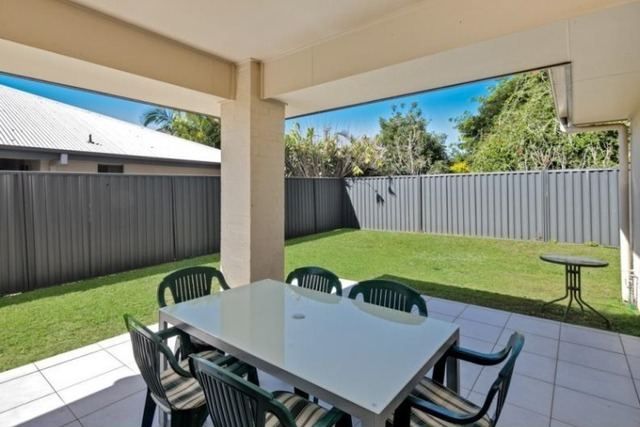 4 Raife Close, Wellington Point QLD 4160