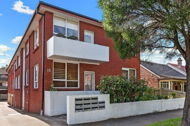 4/18 George Street, NSW 2204