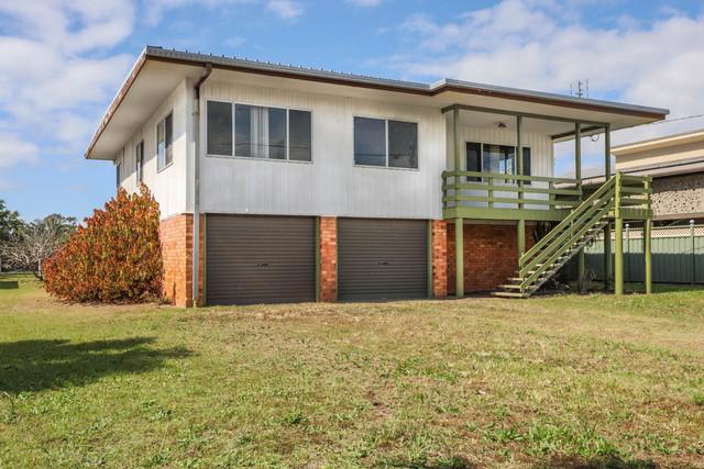 52 Long Street, QLD 4655