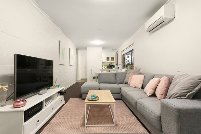 24/13 Hopetoun Avenue, VIC 3055