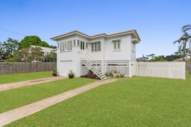 110 Tenth Av, Railway Estate QLD 4810