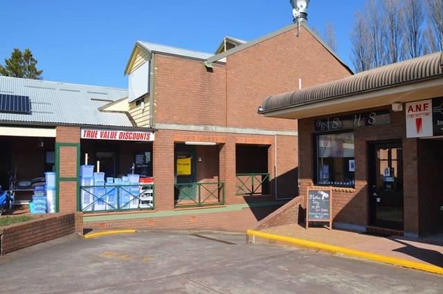 Level 1, 15-17 Plantation Street, Wentworth Falls NSW 2782