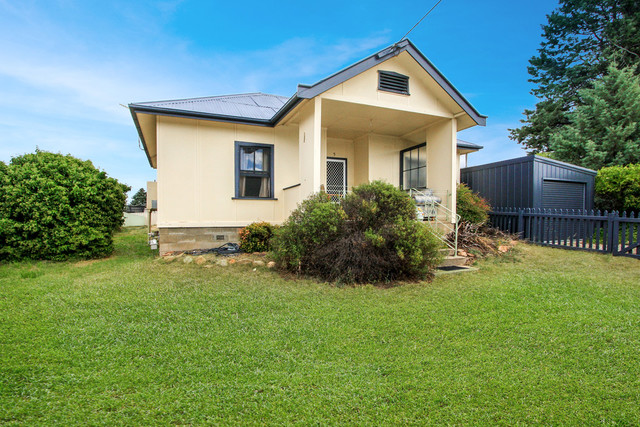 5 Culey Avenue, Cooma NSW 2630