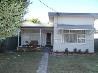 72 Adelaide Avenue